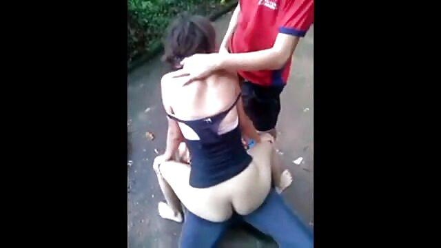 El tipo recogió a una negra en la calle y le pagó por sexo xxxmaduras gratis